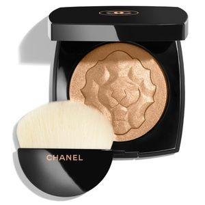 CHANEL Limited Edition Illuminating Powder Golden